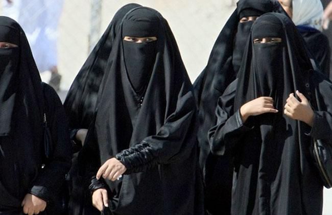 السعودية تنتصر للمرأة بأربعة قرارات خلال 10 أيام ..تعرف عليها -