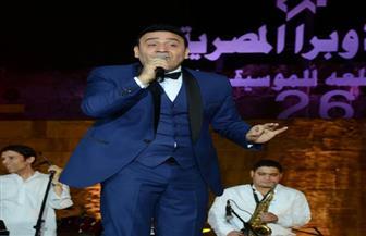 مجد القاسم يفاجىء جمهور مهرجان القلعة بأغنية من ألبومه الجديد | صور