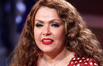 """لوسي تنتهي من تصوير """"ورقة جمعية"""" في شبرامنت"""