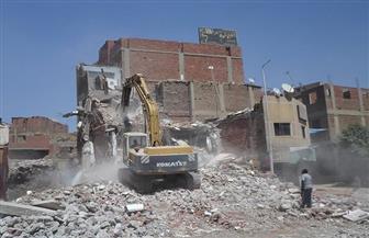 إزالة 19 مبنى دون ترخيص و11 حالة تعد على أراض زراعية بسوهاج