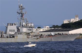 فقدان 10 بحارة وإصابة 5 آخرين جراء حادث اصطدام مدمرة أمريكية