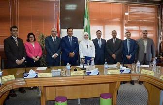رئيس جامعة المنوفية يكرم مديري المستشفيات الجامعية السابقين  صور