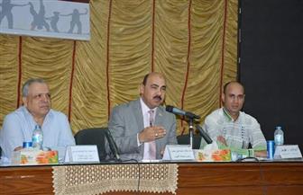 رئيس جامعة الفيوم: نحرص على لم شمل الطلاب بمعسكرات إعداد القادة | صور
