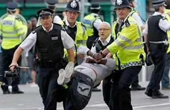 اعتقال رجل خارج قصر بكنغهام ومعه سكين وإصابة ضابطي شرطة