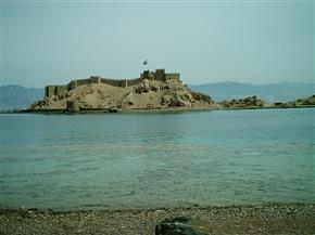 """في جنوب سيناء.. قلعة صلاح الدين تصد مخاطر""""أرناط"""" وتحمي قافلة الحجاج من السرقة"""