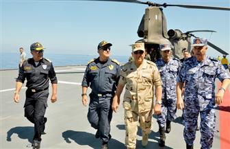 الفريق حجازي ورئيس الأركان اليوناني يشهدان المرحلة الرئيسية للتدريب البحري الجوى المشترك | صور