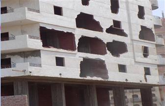 ضبط مسئولي وحدة محلية لسماحهما ببناء عقار مخالف بالدقهلية