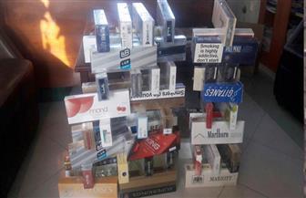 ضبط تاجر بحوزته 570 علبة سجائر مهربة جمركيا