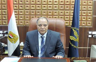مدير أمن كفر الشيخ يكرم مساعد شرطة لإعادته 50 ألف جنيه عثر عليها