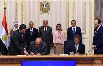 رئيس الوزراء يشهد توقيع 3 اتفاقيات لشراء مشروعات الطاقة الشمسية بقدرة 120 ميجاوات