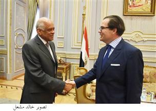 السفير الفرنسي الجديد لرئيس البرلمان: أمن مصر حيوي لأوروبا