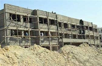 محافظ البحر الأحمر يطالب بسرعة الانتهاء من إنشاء مدرستين يابانيتين  بالغردقة