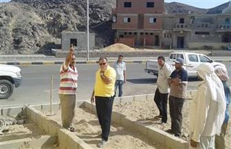 رئيس مدينة مرسى علم يتفقد الاستعدادات لاحتفالات مولد أبوالحسن الشاذلي|صور