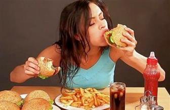 عدم الإسراف في الأكلات الدسمة خط أمان مرضى الكبد وضغط الدم والكوليسترول