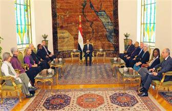 أكدوا تضامنهم مع مصر في مكافحة الإرهاب.. السيسي يستقبل وفدًا من الكنائس الأمريكية