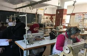 ضبط مصنعين غير مرخصين للملابس الجاهزة والسلع الغذائية بالخانكة