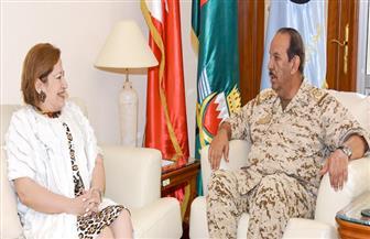 سفيرة مصر لدى البحرين: لقاء القائد العام لقوات الدفاع تناول العلاقات الثنائية والتعاون العسكري