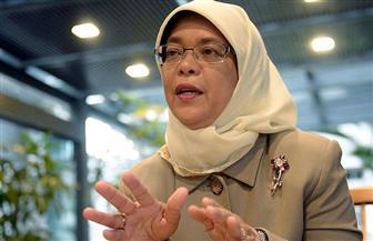 رئيسة سنغافورة تؤكد ضرورة الاستفادة من احتياطي النقد الأجنبي في مكافحة كورونا