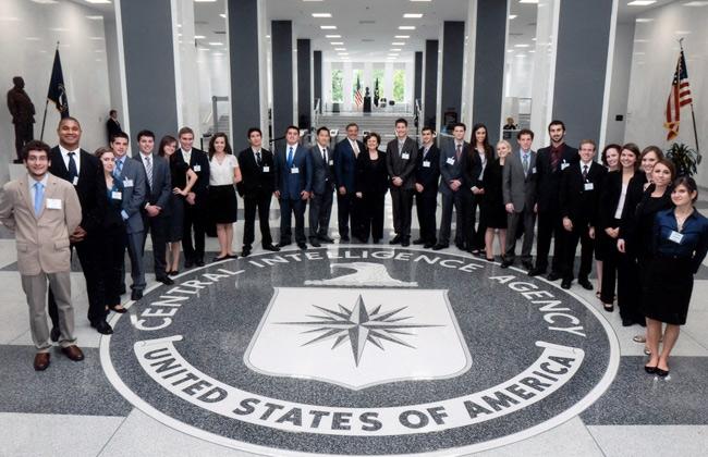 CIA  : مصر عادت لأمريكا بعد تولي ترامب.. وخبراء: العلاقات العسكرية الملف الأكثر استدامة بين البلدين
