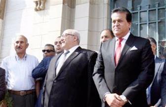وزير التعليم العالي يشهد تحية العلم بجامعة القاهرة