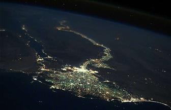 رائد فضاء روسي ينشر صورة لمصر ليلًا تبهر العالم