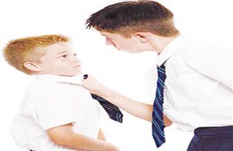 """""""ماما أنا اتضربت في المدرسة"""".. كيف ترد الأم.. وما رأي خبراء التربية وعلم النفس؟"""