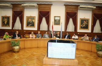 تفاصيل اجتماع محافظ القاهرة برئيس هيئة الأبنية التعليمية ولجنة دعم التعليم