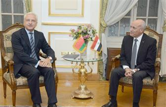 """""""العصار"""" و""""راتشكوف"""" يبحثان سبل تعزيز التعاون المشترك بين مصر وبيلاروسيا"""