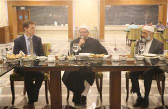 """""""دور وهيئات الإفتاء"""" في العالم تحتفل بتخريج 15 من أئمة المراكز الإسلامية"""