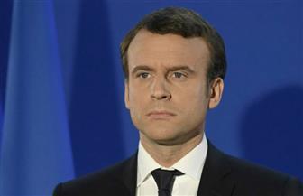 """الصحافة الفرنسية: ماكرون يدافع عن نفسه في """"فرساي""""..و""""الديوك"""" يصيحون ليلا في روسيا"""