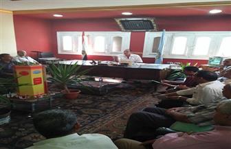 """رئيس مركز """"قطور"""" يشدد على إزالة تعديات الزراعات في المهد   صور"""