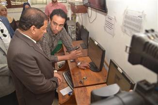 صقر يفاجئ غرفة عمليات ديوان محافظة الغربية ويطلب تقريرًا أسبوعيا عن المشكلات   صور