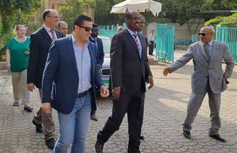"""أمين عام """"المصريين الأحرار"""" يستقبل وزير الثقافة والسفير الجيبوتي في القاهرة"""