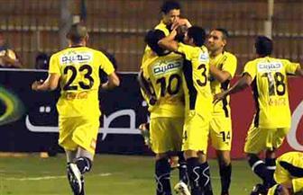 محمد عادل يحفز لاعبي فريق المقاولون استعدادا لمواجهة المصري فى الدوري
