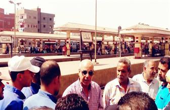 إحالة إداريين اثنين بمحطة سكك حديد طنطا للتحقيق لنومهما أثناء الخدمة   صور