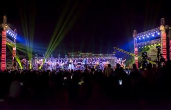 """أحمد فتحي وبلقيس يتألقان في حفل رائع بـ""""الصوت والضوء""""  صور"""