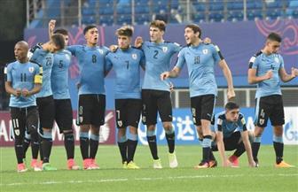 أوروجواي تخوض مرانها الأول في البرازيل