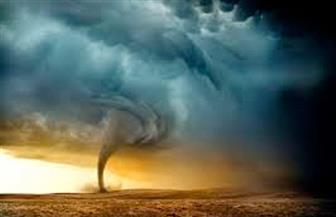 حاكم فلوريدا في آخر تحذير: غادروا منازلكم حالاً وإلا فلن تنجوا من الإعصار