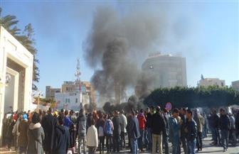 """محتجون تونسيون يستهدفون معبدا يهوديا ضمن مظاهرات """"ضد الغلاء"""""""