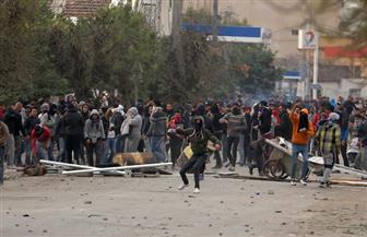 عشرات الجرحى وتوقيف 200 شخص بعد ليلة جديدة من المواجهات في تونس