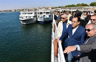 عودة حركة الملاحة أمام مرسى كوم أمبو لطبيعتها بعد شفط ورفع 20 طن طمي| صور
