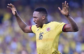 برشلونة يتعاقد رسميا مع الكولومبي مينا مدافع بالميراس البرازيلي