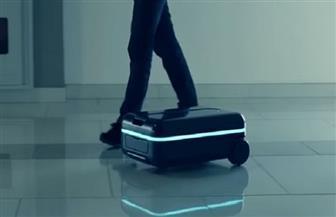 صدق أو لا تصدق؟ حقيبة السفر تسير خلف صاحبها قريبا