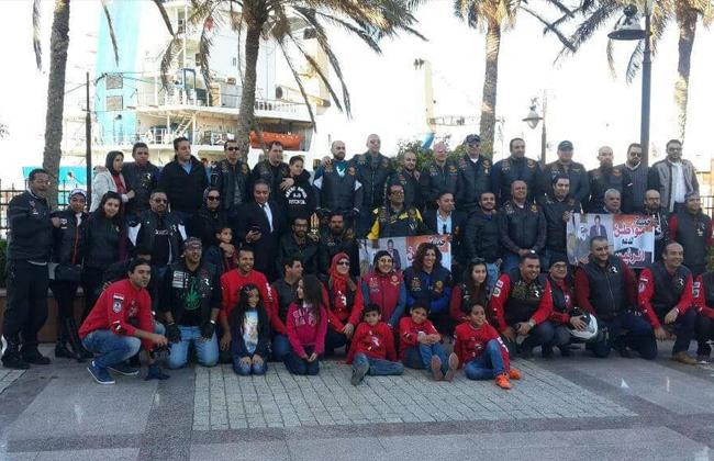 حملة  مواطن  تدعم الرئيس السيسي في ميناء الإسكندرية   صور