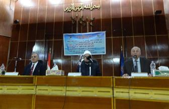 """وزير الري يشرح أساليب الحفاظ على المياه في ندوة """"قطرة مياه تساوي حياة """"بأسوان"""
