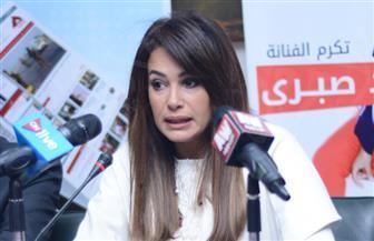 """هند صبري تحارب الجوع في رمضان بتدشين حملة """"شارك إفطارك"""""""