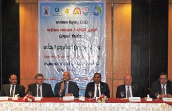 محافظ أسوان يشهد إعلان تفاصيل انتهاء مشروع تخفيض منسوب المياه الجوفية | صور