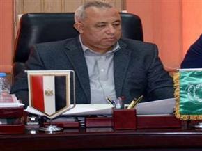 محافظ الشرقية: حصر جميع العاملين بالحكومة للاستفادة من شهادات الأمان