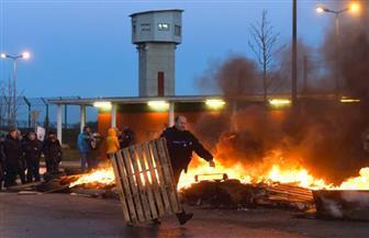 """سجين """"متطرف"""" يثير شغبا في سجن فرنسي ويصيب سبعة حراس   صور"""