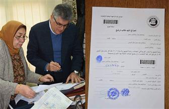 نجل الزعيم جمال عبدالناصر يحرر توكيلا للرئيس السيسي   صور